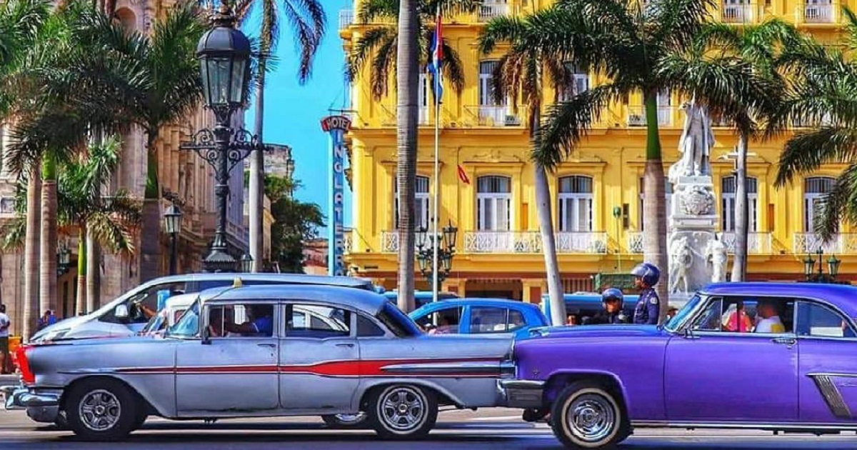 Habana antique cars
